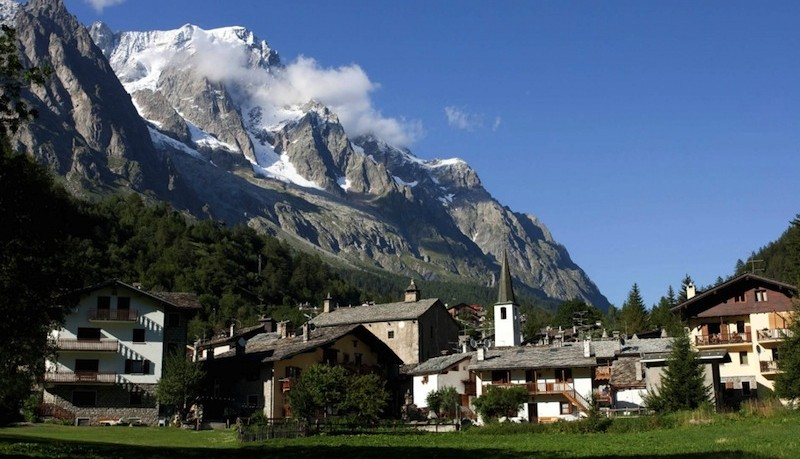 Holiday world vacanza in valle d 39 aosta holiday world for Arredo bagno valle d aosta